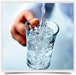 Вода выводит токсины из организма